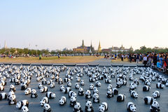Aktionen för 1600 pappersMache pandor ställer ut på Bangkok Royaltyfria Bilder