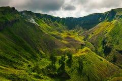 Aktiv indonesisk vulkan Batur i den tropiska ön Bali Royaltyfri Bild