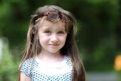 aktiv mörk flicka little long Royaltyfria Bilder