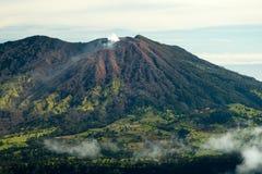 aktiv vulkan royaltyfria foton