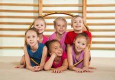 Aktiva sportiga flickor Fotografering för Bildbyråer