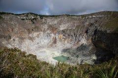 Aktiva Volcano Caldera i Indonesien royaltyfri foto