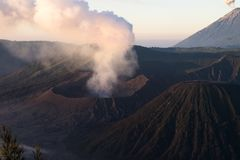 Aktiver Berg Bromo - Java, Indonesien stockbilder