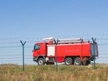 aktivera den röda lastbilen Royaltyfri Fotografi