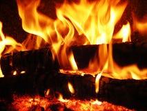 aktivera flammor Arkivfoton