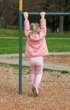 Aktivt litet barn fotografering för bildbyråer