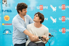 Aktorzy Fabio De Luigi i Angelo Duro zdjęcia stock