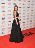 Aktris Courtney Shannon-Caines på premiären av `-moder` på prinsessan av Wales i toronto royaltyfri foto
