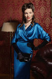 Aktris i klassisk inre Royaltyfria Foton