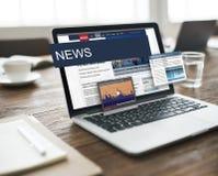 Aktualisierung neigt Berichts-Blitznachrichten-Konzept Stockfoto