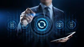 Aktualisierungs-Software-Anwendung und Hardware-Verbesserungstechnologiekonzept stockfotos