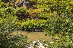 Aktuell Derbent flod från bergen av Armenien Fotografering för Bildbyråer