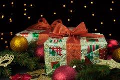 aktuell weihnachtspakete för jul arkivbilder