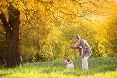 Aktywna starsza kobieta Zdjęcie Royalty Free