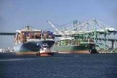 aktywność ładunku Hamburg portu statek obraz stock