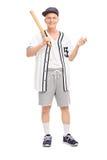 Aktywny senior trzyma kij bejsbolowego Fotografia Stock