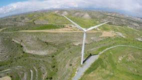 Aktywny użycie wiatrowa energia pomaga zapobiegać złego oddziaływanie na środowisku zdjęcie wideo