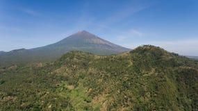 Aktywny wulkan Gunung Agung w Bali, Indonezja Obraz Royalty Free