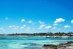 Akumalbaai, een Schildpadheiligdom in de Caraïben stock afbeelding