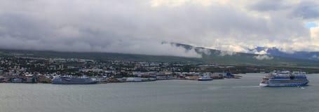 Akureyri nordliga Island fotografering för bildbyråer