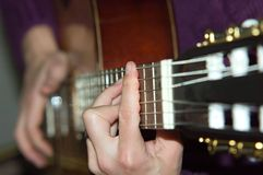 Akustikgitarre Lizenzfreies Stockfoto