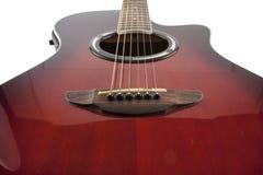 Akustikgitarre auf weißem Hintergrund Stockbild