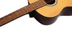 Akustikgitarre getrennt auf einem weißen Hintergrund lizenzfreie stockfotografie