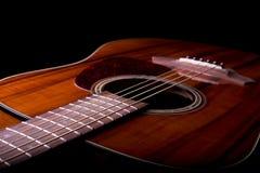 Akustikgitarre-Nahaufnahme Stockfoto