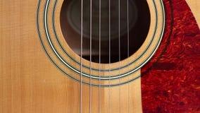 Akustikgitarre-Schallloch und Auswahl stock footage