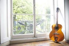 akustisk gitarr 2 Fotografering för Bildbyråer