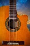 akustisk klassisk cutawaygitarr Fotografering för Bildbyråer