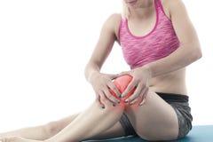 Akute Schmerz in einem Knie Stockfoto