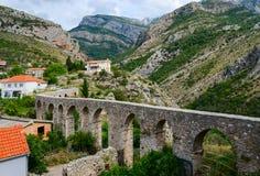 Akvedukt i den gamla stången, Montenegro Arkivfoton