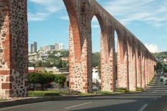 Akvedukt på Queretaro royaltyfri foto