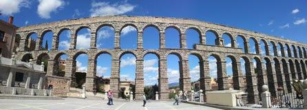 Akvedukt på Segovia Spanien Arkivfoto