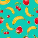 Akwarela bezszwowy wzór z truskawkami, bananami i wiśniami na turkusowym tle, Zdjęcia Stock