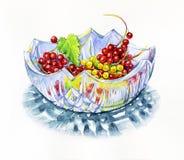 Akwarela rżnięty szklany talerz z jagodami royalty ilustracja