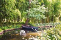 Akwarela skutka staw i łodzi scena Zdjęcia Royalty Free