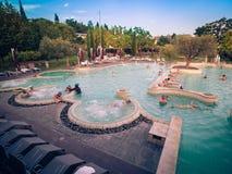 Akwaria są Termicznym zdroju centrum Terme Di Sirmione Unikalny zdjęcia royalty free