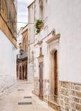 Aléia antiga de Martina Franca. Apulia. fotos de stock