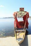 Sikara no lago Mansar. Fotos de Stock
