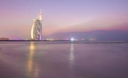 Al阿拉伯burj日落 迪拜,阿拉伯联合酋长国- 15/NOV/2016 库存图片