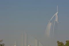 Al арабские Дубай, UAE и Jumeriah Burg приставает гостиницу к берегу Стоковая Фотография RF