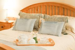 ξενοδοχείο κρεβατοκάμ&al Στοκ Φωτογραφία