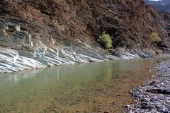 Al-Achdar do al-Dschabal (Al Hajar) #2: Waterbed na montanha verde Imagens de Stock
