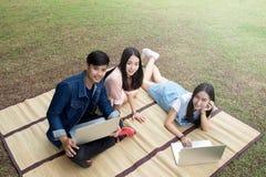 Al aire libre joven de los adolescentes Fotografía de archivo libre de regalías