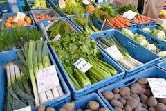 Al aire libre mercado en Lovaina, Bélgica Foto de archivo libre de regalías