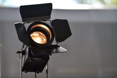 Al aire libre usado reflector profesional de la iluminación Fotografía de archivo libre de regalías