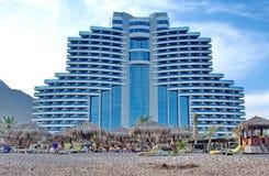 Al aqah海滩旅馆le meridien手段 库存照片