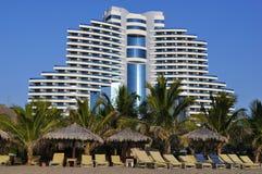 Al aqah海滩旅馆le meridien手段 库存图片